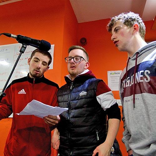 3 boys singing